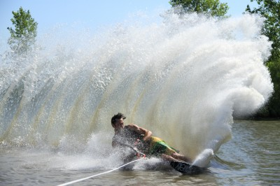 Water Skiing   ActionHub