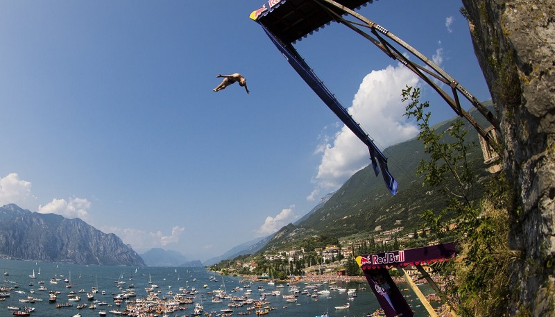 Red Bull Cliff Divers | ActionHub