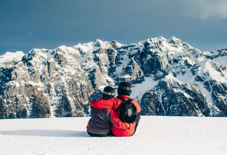 Dating App for Skiers and Snowboarders