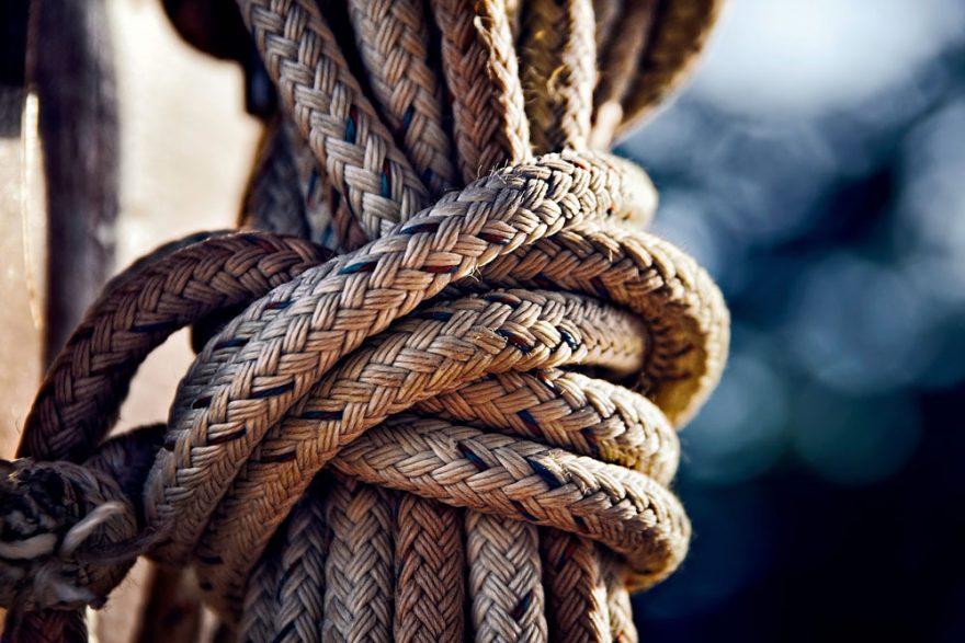 Tie Secure Knots | ActionHub