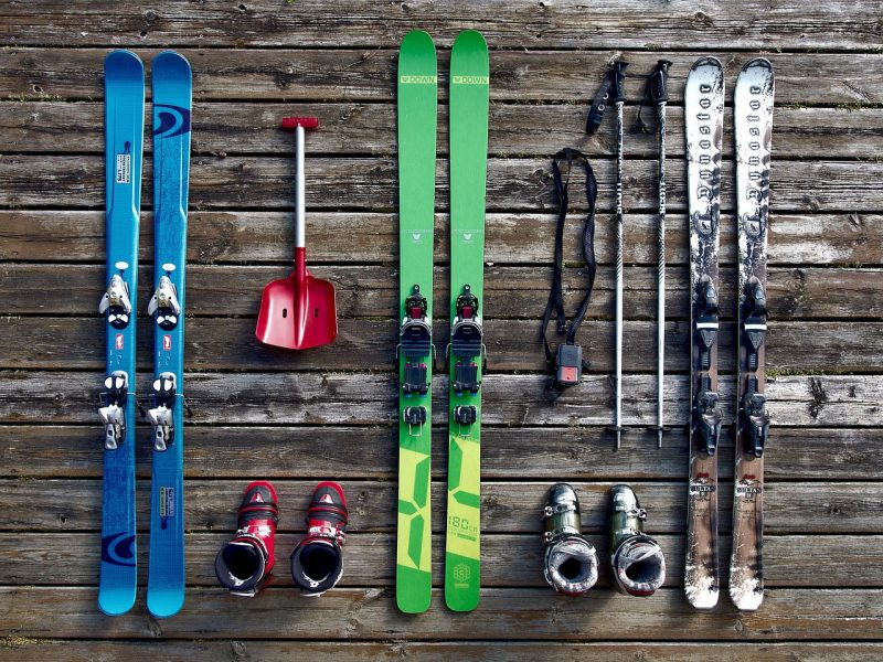 How to Wax Your Skis | ActionHub