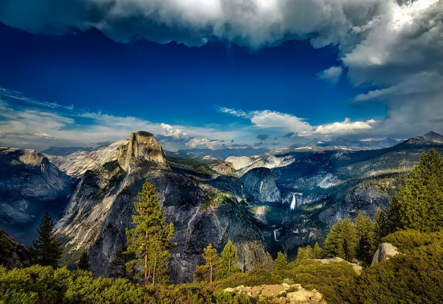 10 Easy(ish!) Yosemite Dayhikes   ActionHub
