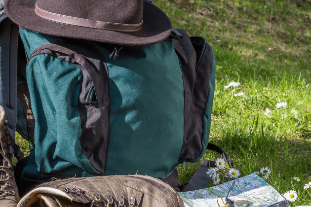 How to pack for day and multi-day hikes | ActionHub