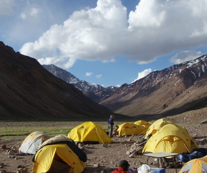Climbing Aconcagua? Here's what it'll cost you   ActionHub
