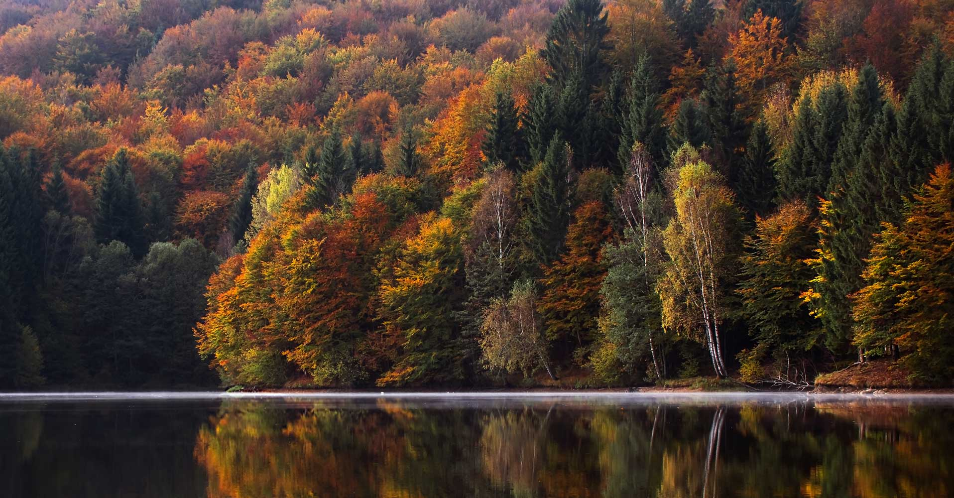 Best places to see fall colors in the u s actionhub for Best fall destinations in the us