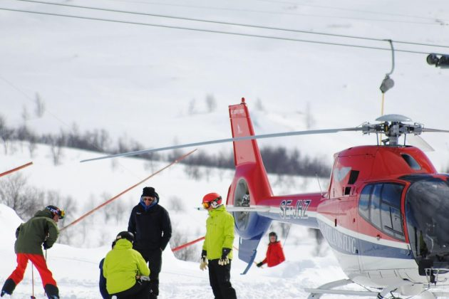 Heli-skiing: Where to try this risky sport | ActionHub