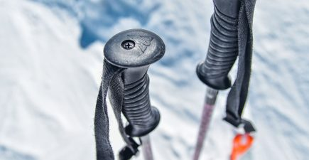 A quick guide to choosing the right ski poles | ActionHub