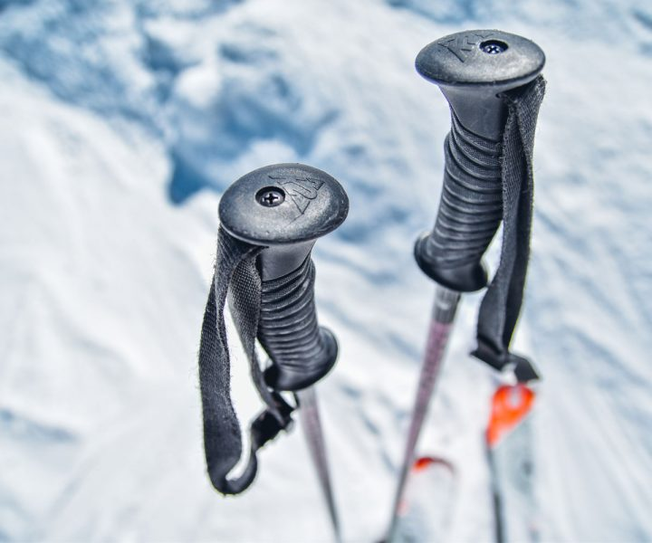 A quick guide to choosing the right ski poles   ActionHub