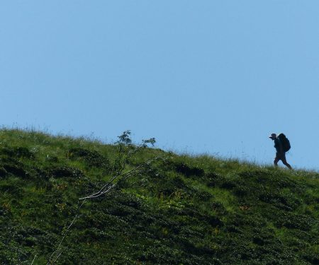 Hygiene basics: Staying clean while thru-hiking | ActionHub