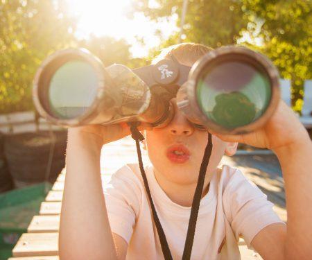 child-binoculars