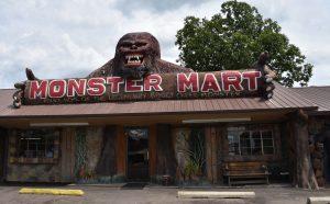 fouke-monster-mart-romana-klee