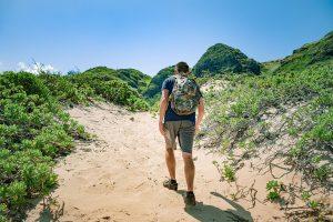 hiking-dry-heat