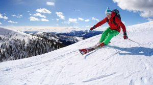 downhill-skiing-TomasMarek